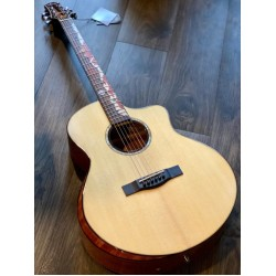 SQOE SPAIN A800 SK BEVEL CUT WITH SOLID SPRUCE TOP IN NATURAL