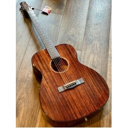SQOE SPAIN A830 OM SOLID TOP MAHOGANY IN NATURAL WITH FISHMAN PRESYS PLUS II PREAMP