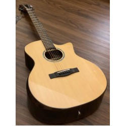 SQOE S460T SK IN NATURAL WITH SOLID SPRUCE TOP ROSEWOOD BACK AND SIDE BEVEL CUT